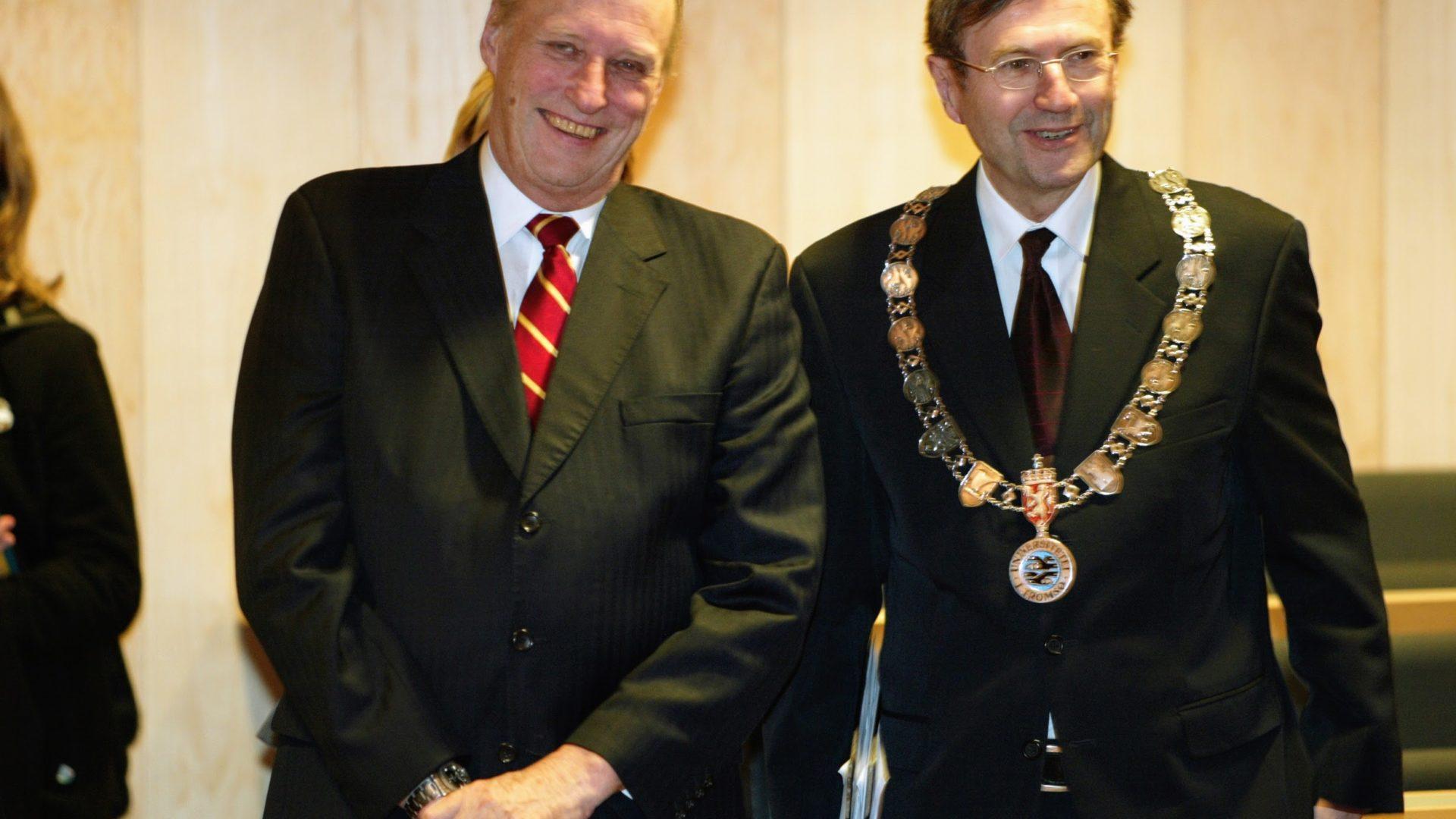 Bilde av Kong Harald og Jarle Aarbakke